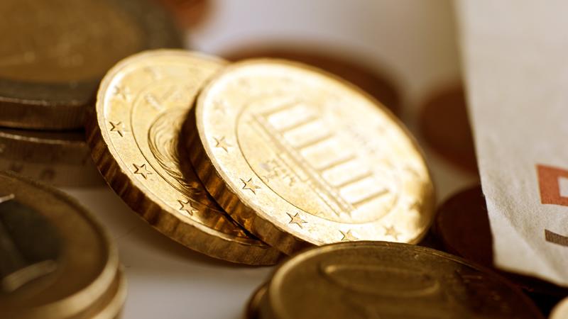 欧洲货币联盟 六月 欧元区M3货币供应年率好于预期8.2%:实际值(8.3%)