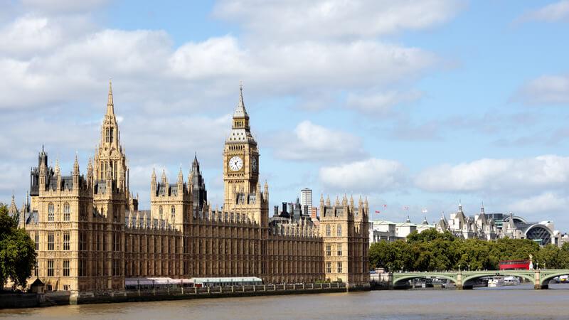 英国央行货币政策委员哈斯克尔:有关英国经济强劲复苏的说法具有误导性